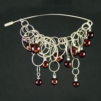 Marbled Cherry Bubble Chain Pin