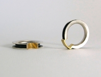 'Play' anticlastic tactile rings