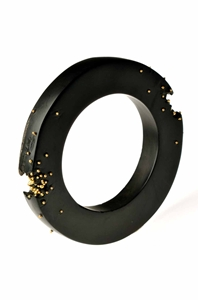 Whitby jet bangle with 18CT gold granulation