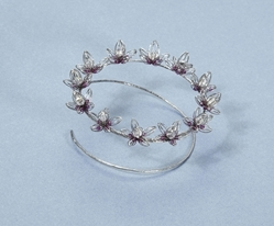 nICOLA MATHER cLUSTER BROOCH