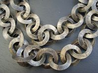 Folded and forged link necklace
