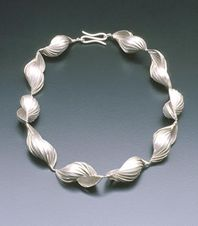 Necklace, silver.