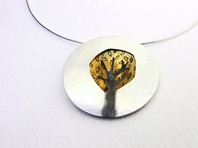 Tree dome pendant with leaves
