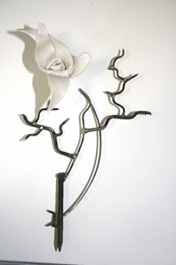 Paint the Roses- Brooch 1