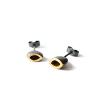 Golden oxidised small seed studs