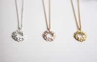 Floral wreath small Necklaces