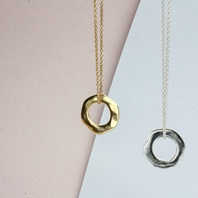 Large Torus Necklace